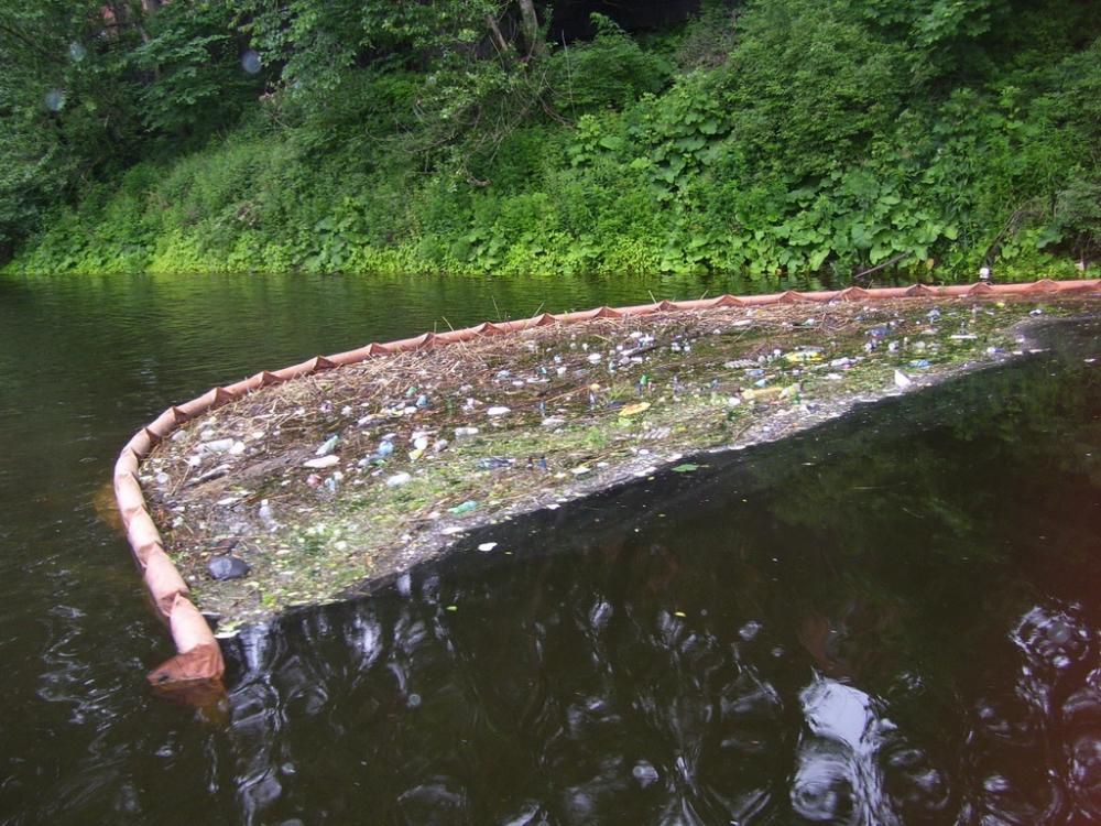 Очистка рек каналов проток